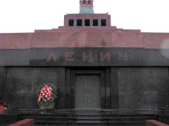 莫斯科男子欲闯入列宁墓浇汽油,最后