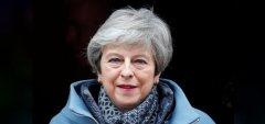 英首相:若脱欧协议获议会通过我将辞