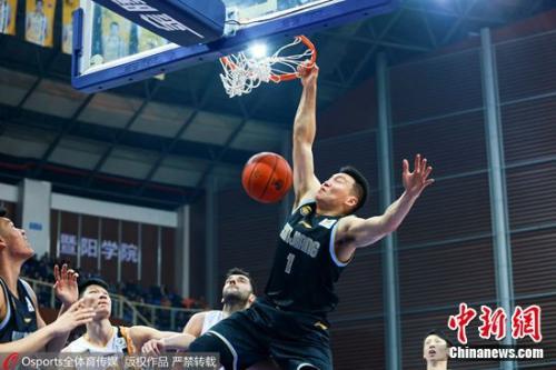 新疆淘汰广厦晋级CBA季后赛半决赛。图片来源:Osports全体育图片社