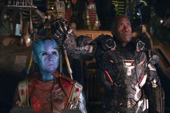 从2008年的《钢铁侠》开始,漫威推出了21部超级英雄电影,其中包括《银河护卫队》《黑豹》和《惊奇队长》等大片。作为去年复联3的续集,迪士尼将其宣传为历时11年的漫威电影宇宙的收官之作——尽管更多的漫威电影已经被安排在上映日程上。